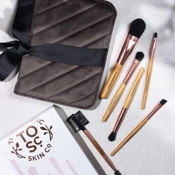 The Organic Skin Co. - Jet Settin - Makeup Brushes - Beauty Binge