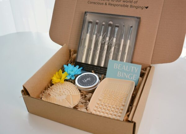 Make-up tools - Make-up Lover - Gift with BB - Beauty Binge